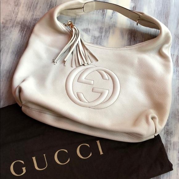 Gucci Handbags - Gucci white soho tassel hobo